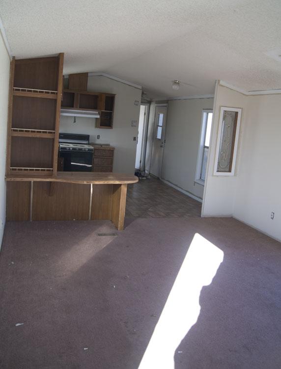 2 Bedroom, 2 Bathroom Mobile Home In Ridgecrest