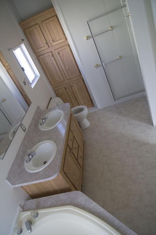3 Bedroom 2 Bathroom Mobile Home In Ridgecrest Space 61